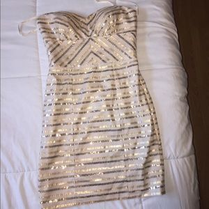 Cache cocktail/ homecoming dress 💖
